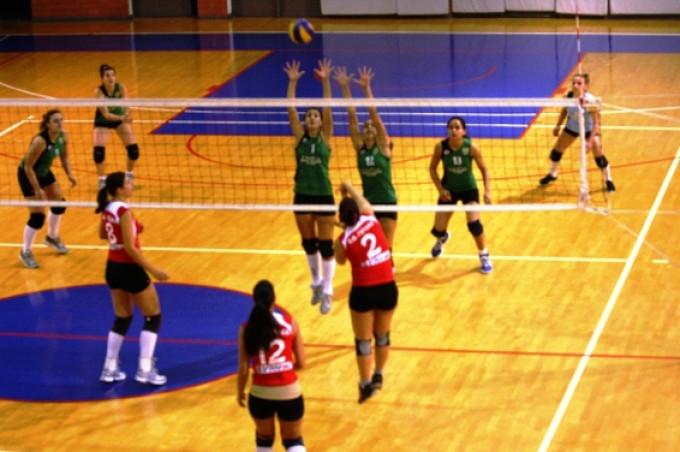 Volleyball Γυναικών : Νίκη εκτός έδρας για τις Γυναίκες !