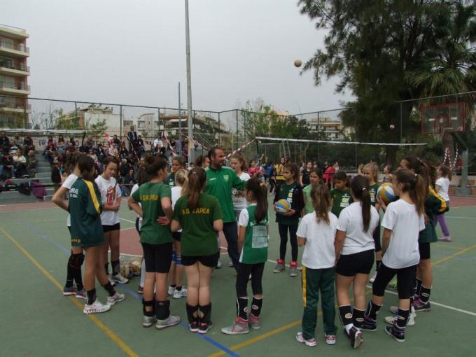 VolleyBall Ακαδημίες :…κατηφορίσαμε στην πλατεία Πλυτά για ένα επιτυχημένο τουρνουά!